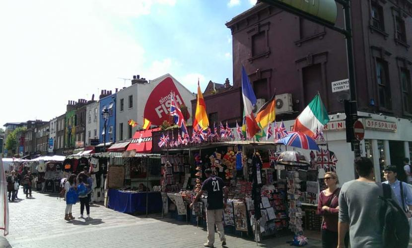 Invernes Street shopping market